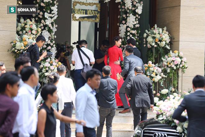 Toàn cảnh đám cưới Đặng Thu Thảo: Không gian cưới lộng lẫy như truyện cổ tích - Ảnh 27.