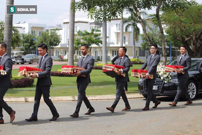 Toàn cảnh đám cưới Đặng Thu Thảo: Không gian cưới lộng lẫy như truyện cổ tích - Ảnh 36.