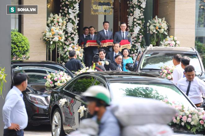 Toàn cảnh đám cưới Đặng Thu Thảo: Không gian cưới lộng lẫy như truyện cổ tích - Ảnh 32.
