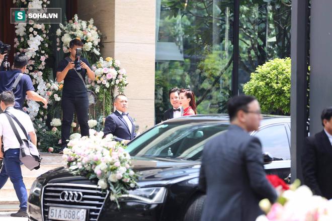 Toàn cảnh đám cưới Đặng Thu Thảo: Không gian cưới lộng lẫy như truyện cổ tích - Ảnh 23.