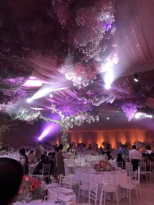 [TRỰC TIẾP] Toàn cảnh đám cưới Đặng Thu Thảo: Không gian cưới lộng lẫy như truyện cổ tích - Ảnh 12.