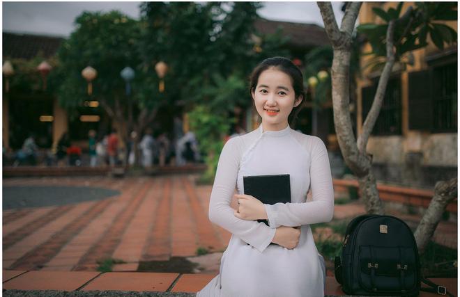 Để mặc mộc chụp ảnh, cô gái Quảng Nam khiến nhiều người nhầm tưởng - Ảnh 1.