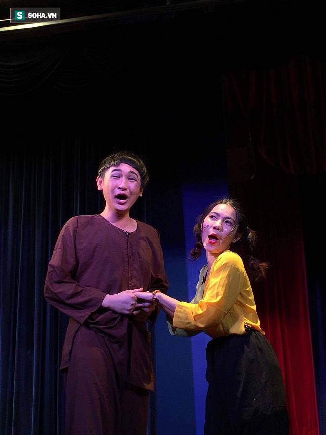 Việt Hương: Thầy Minh Nhí dạy cho ai người đó nổi tiếng - Ảnh 13.