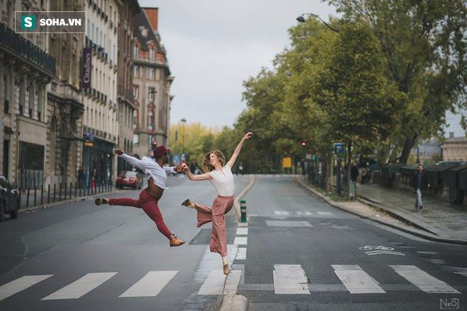 Paris đẹp tuyệt vời qua bộ ảnh như những thước phim của đôi nhiếp ảnh gia Việt Nam - Ảnh 1.