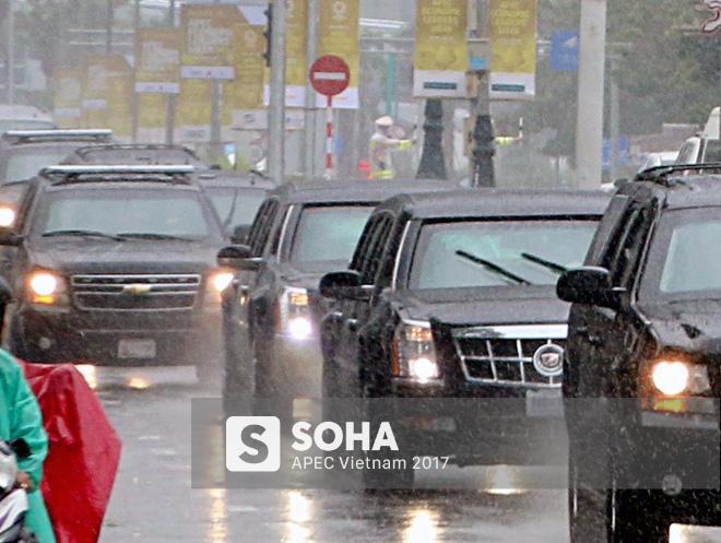 Dàn xe của tổng thống Trump hộ tống siêu xe Cadillac One The Beast xuất hiện trên phố Đà Nẵng - Ảnh 2.
