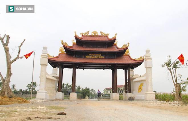 Cận cảnh cổng làng hơn 4 tỷ đồng làm từ gỗ quý ở Nghệ An - Ảnh 16.