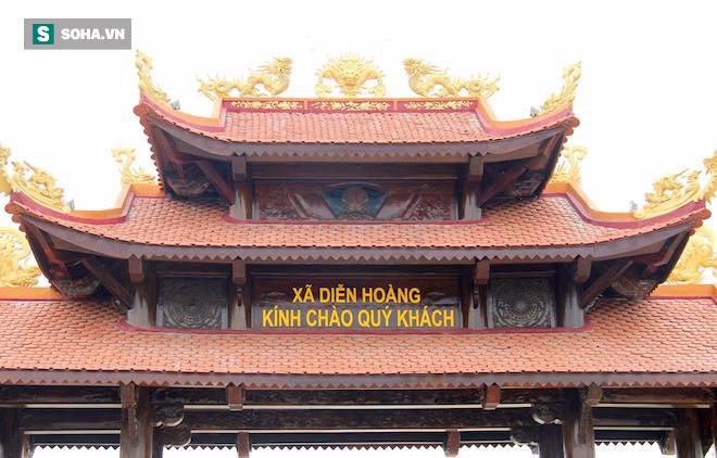 Cận cảnh cổng làng hơn 4 tỷ đồng làm từ gỗ quý ở Nghệ An - Ảnh 12.