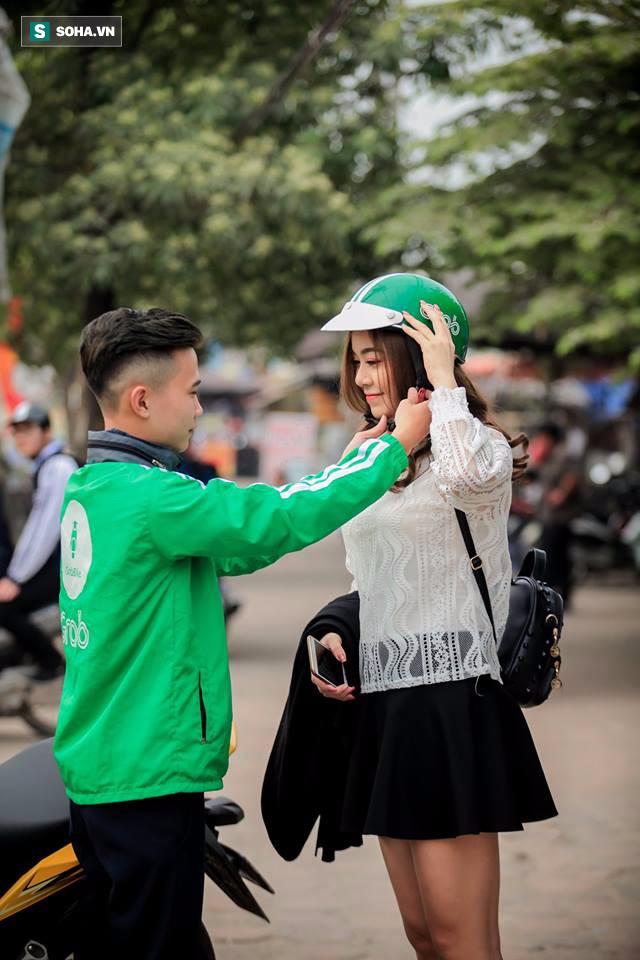 Đến ngày chụp kỷ yếu vẫn mặc áo nghề, sinh viên nghèo được tặng bộ ảnh ấn tượng - Ảnh 3.