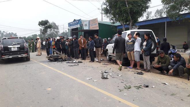 Vụ xe biển xanh va chạm xe máy làm 3 người chết: Ô tô chở lãnh đạo huyện đi công việc - Ảnh 1.