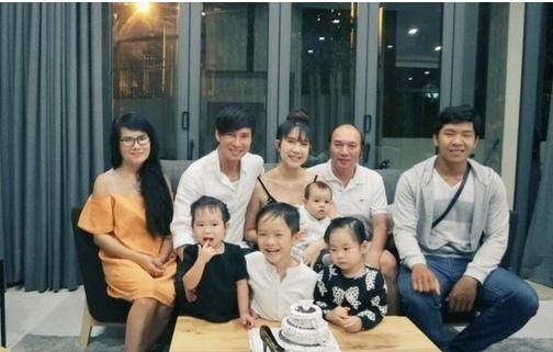 Mẹ vợ của Lý Hải trẻ đẹp khiến nhiều người lầm tưởng là chị gái Minh Hà - Ảnh 1