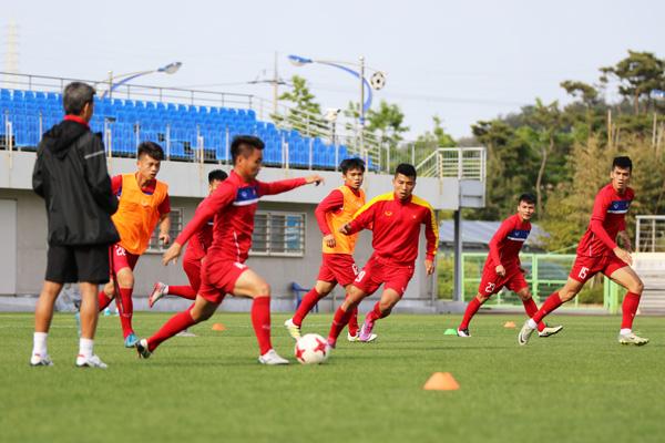 U20 Việt Nam đến World Cup với bàn tay sắt bọc nhung - Ảnh 4.