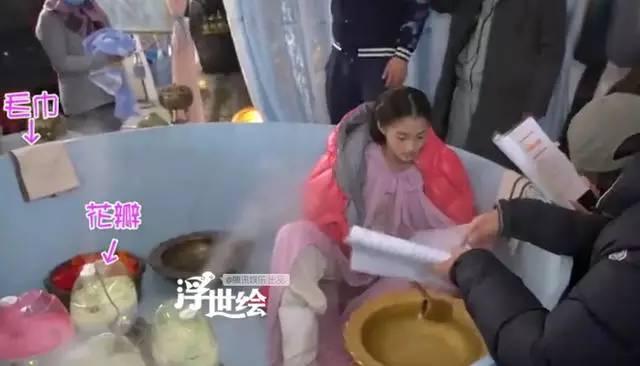 Sự thật hài hước sau nhưng cảnh nóng nhất phim Hoa ngữ - Ảnh 9.