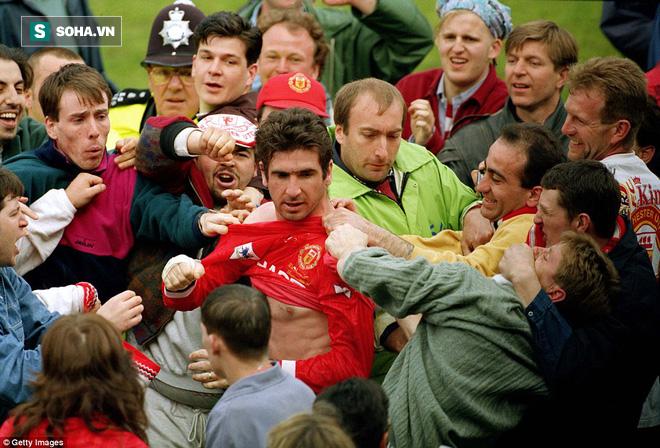 Hẹn với định mệnh: Eric Cantona - thanh gươm báu định quốc của triều đại Alex Ferguson - Ảnh 9.