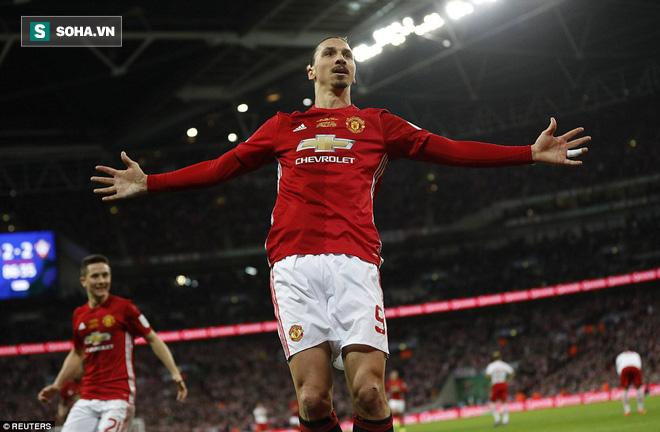 Chơi trò cút bắt, Ibrahimovic đưa Man United đăng quang trong nỗi lo thót tim - Ảnh 36.