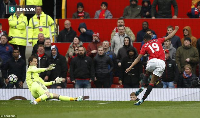 Tự phế võ công để chơi đòn quyết tử, Man United xé tan Chelsea trên Old Trafford - Ảnh 2.