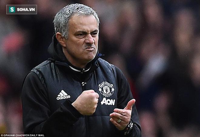 """""""Chơi dao"""" với Mourinho, Ibrahimovic hãy dè chừng! - Ảnh 3."""