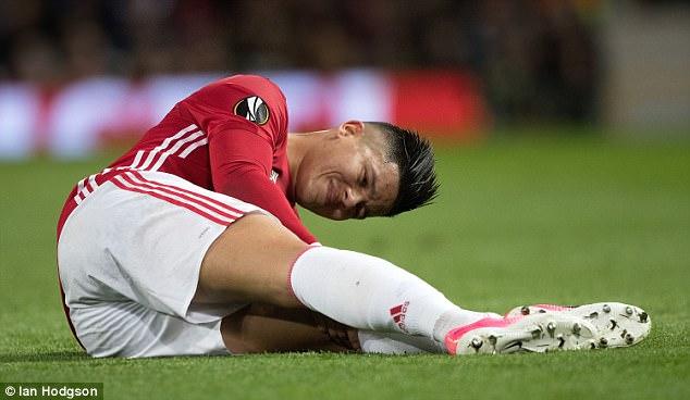 Man United trả giá cực đắt sau tấm vé vào bán kết Europa League - Ảnh 3.