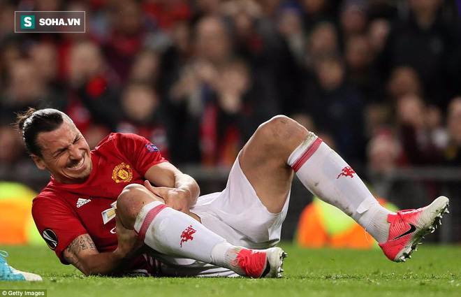 Man United thắng nhọc: Tuyệt vời Ibrahimovic, như một trò hề! - Ảnh 1.