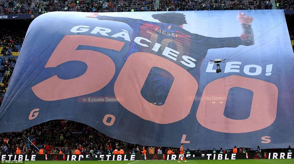 Vòng 34 La Liga: Barcelona 7-1 Osasuna