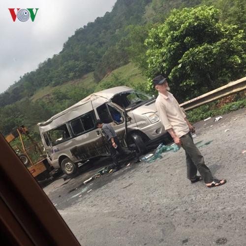 Ảnh: Hiện trường vụ tai nạn thảm khốc trên cầu Sài Hồ, Lạng Sơn - Ảnh 4.