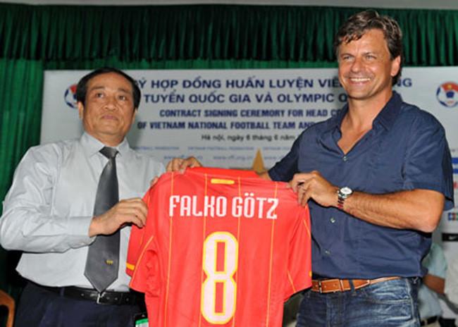 VFF đang làm hay đang phá bóng đá Việt Nam? - Ảnh 1.
