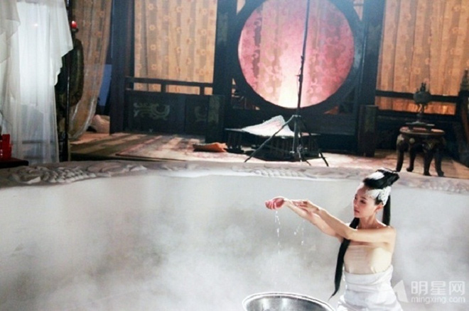 Sự thật hài hước sau nhưng cảnh nóng nhất phim Hoa ngữ - Ảnh 13.