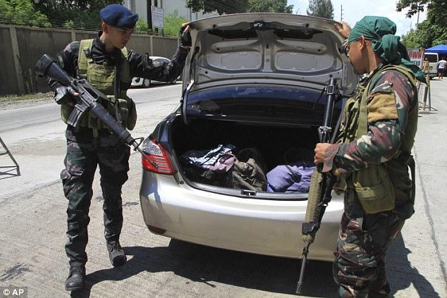 Philippines đã triển khai những vũ khí nào chống phiến quân thân IS? 10