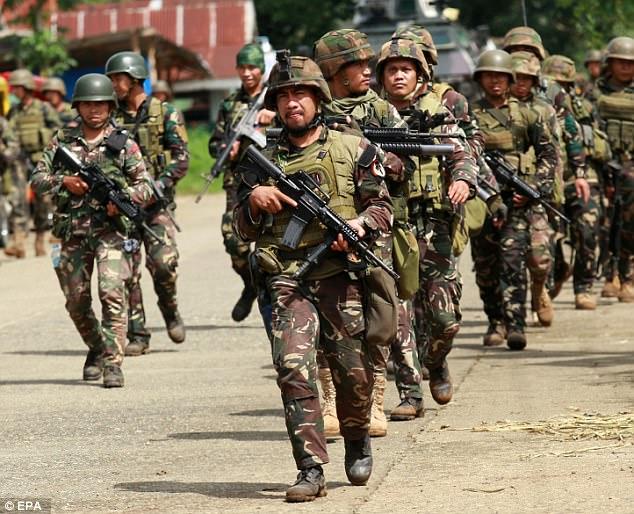 Philippines đã triển khai những vũ khí nào chống phiến quân thân IS? 9