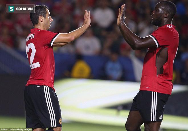 Không ghi nổi một bàn, Lukaku vẫn được Jose Mourinho khen ngợi hết lời trong trận ra mắt - Ảnh 1.