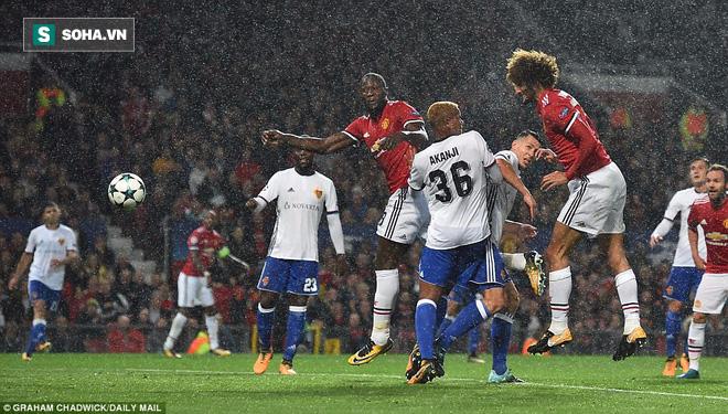 Mất Pogba chỉ sau 19 phút, Man United vẫn đại thắng nhờ con trai Mourinho - Ảnh 1.