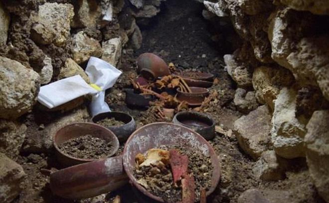 Khai quật mộ vua Maya 1.000 năm tuổi trong thành phố cổ, phát hiện điều kỳ quái - Ảnh 1.