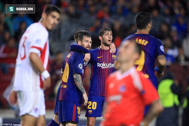 Giúp Barca thắng trận, cầu thủ vô danh 19 tuổi che mờ Messi - Ảnh 1.