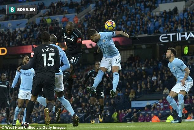 Mourinho đang có trong tay viên đạn vừa đủ xuyên khe hở trên áo giáp của Man City - Ảnh 1.