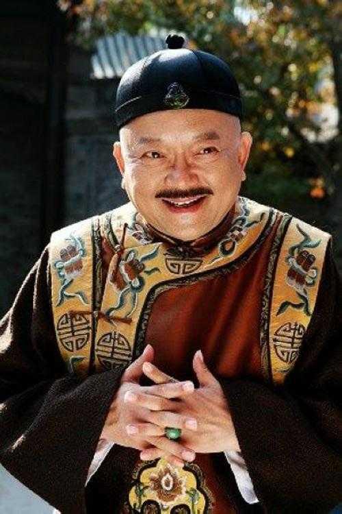 """""""Hòa Thân"""" Vương Cương: Từng suýt bị đuổi học, phải cầu cứu Mao Trạch Đông - Ảnh 5."""