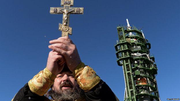 Đặc sắc nghi lễ ban phước cho vũ khí của Quân đội Nga - Ảnh 6.
