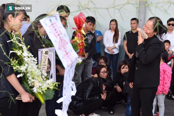 Ảnh: Thi thể bé gái người Việt tử vong ở Nhật Bản về tới Việt Nam - Ảnh 9.