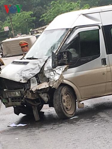 Ảnh: Hiện trường vụ tai nạn thảm khốc trên cầu Sài Hồ, Lạng Sơn - Ảnh 7.