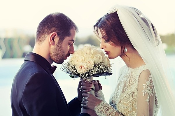 Quà cưới mẹ kế dành cho con chồng trong ngày đại hỷ khiến tất cả quan khách kinh ngạc! - Ảnh 2.