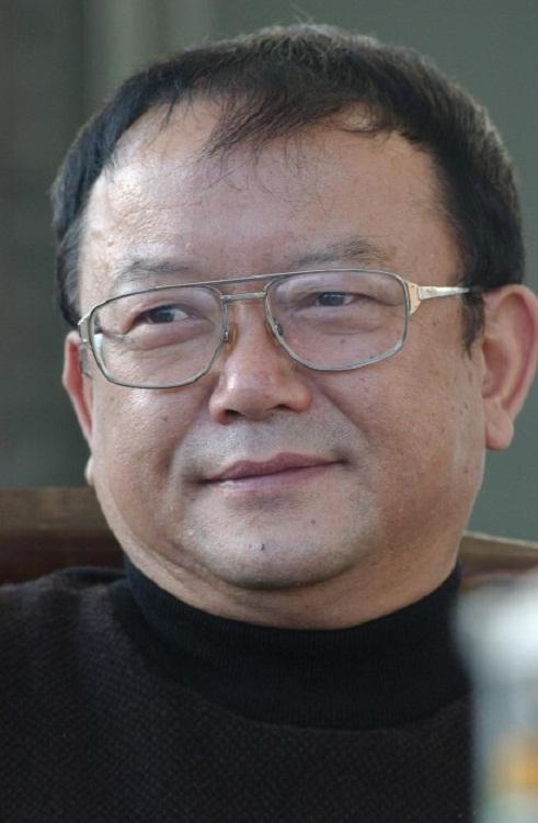"""""""Hòa Thân"""" Vương Cương: Từng suýt bị đuổi học, phải cầu cứu Mao Trạch Đông - Ảnh 7."""