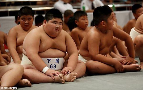 Thế giới u ám của võ sĩ sumo tại Nhật: Không lương, không điện thoại, không bạn gái - Ảnh 10.