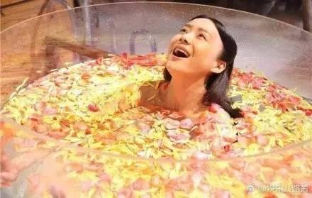 Sự thật hài hước sau nhưng cảnh nóng nhất phim Hoa ngữ - Ảnh 14.