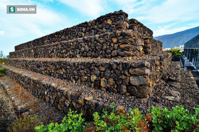 Phát hiện loạt kim tự tháp bí ẩn ở Tây Ban Nha: Nhà thám hiểm đang truy tìm nguồn gốc - Ảnh 1.