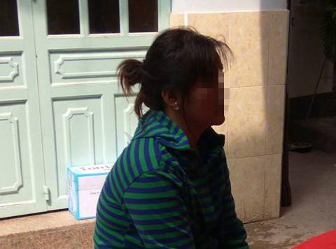 Mẹ khóc hết nước mắt khi hay tin con gái bị giết, thi thể giấu trong thùng xốp - Ảnh 2.