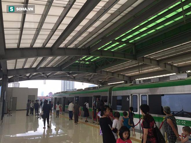 Cận cảnh nhà ga, tàu đường sắt trên cao Cát Linh - Hà Đông - ảnh 5