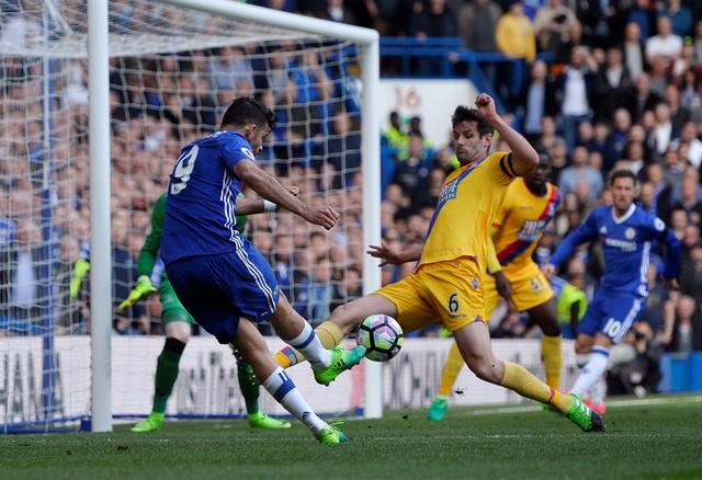 Bù giờ 11 phút, Chelsea vẫn gục ngã trong trận derby thành London - Ảnh 11.