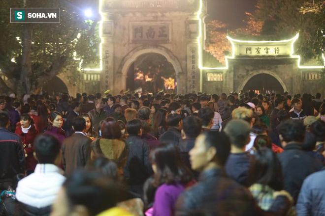 Ông Dương Trung Quốc: Tôi ủng hộ tạm dừng lại việc khai ấn, phát ấn đền Trần - Ảnh 1.