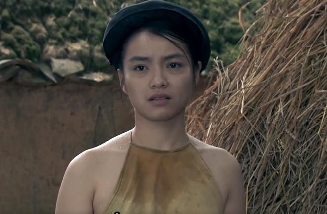 Diễn viên nữ Thương nhớ ở ai mặc áo yếm không nội y: Khi siêu thính được thả! - Ảnh 2.