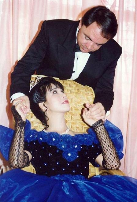 Ca sĩ Ánh Tuyết: 7 lần lên bàn mổ và cuộc hôn nhân kỳ lạ với người đàn ông Pháp 2