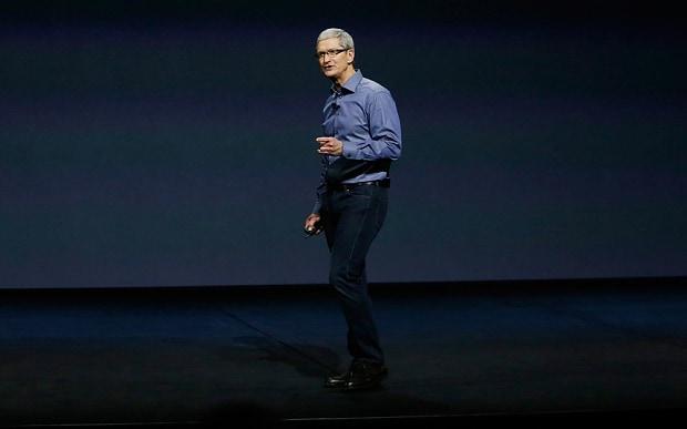 Chuyện chưa kể về bộ quần áo huyền thoại của Steve Jobs và phong cách đối lập từ Tim Cook - ảnh 3