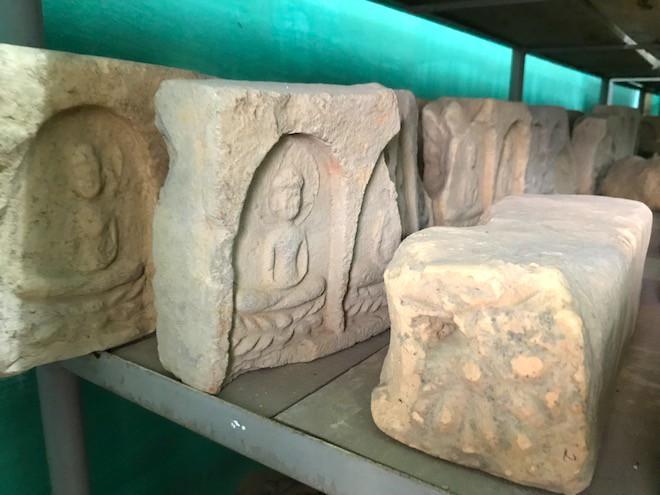 Cận cảnh cổ vật bằng vàng tại Nghệ An vừa được công nhận là bảo vật Quốc gia - Ảnh 6.